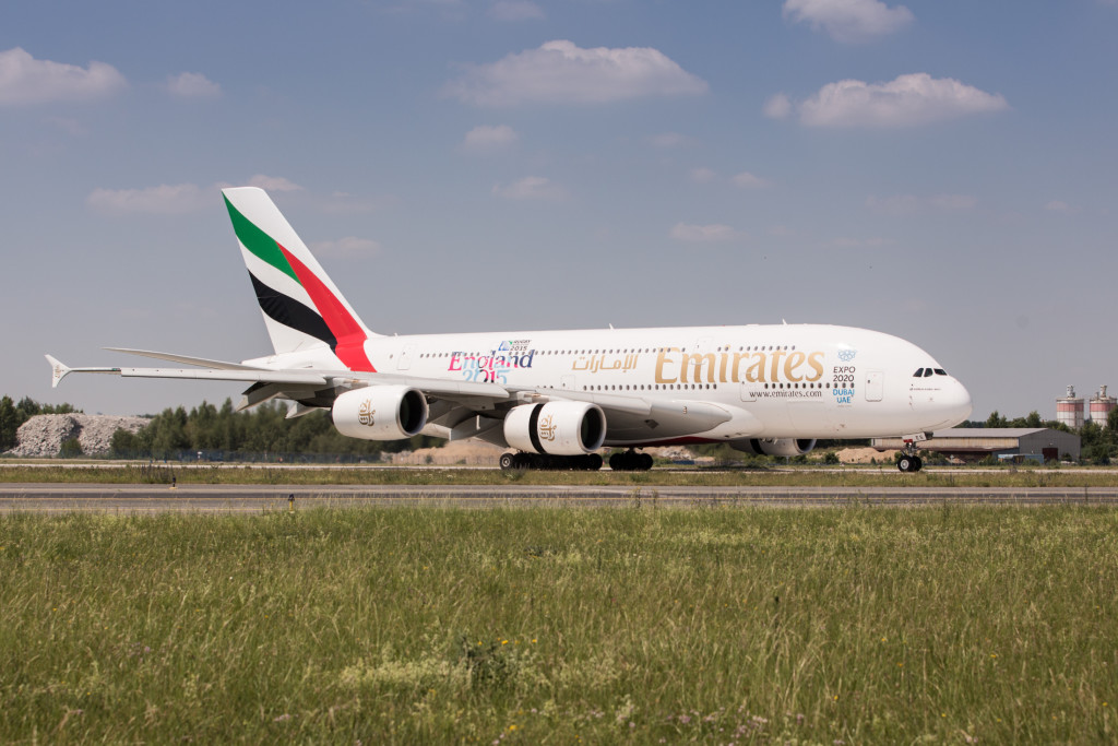 Emirates_A380_(2)
