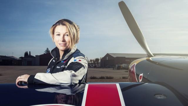 Red Bull sází na ověřenou taktiku – do Air Race nasazuje ženu!