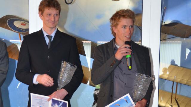 Leteckými sportovci roku 2015 jsou paraglidista Mayer a akrobat Černý