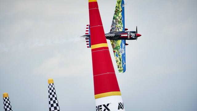 4. závod Red Bull Air Race v Budapešti už tento víkend! (+ rozhovor s Martinem Šonkou)