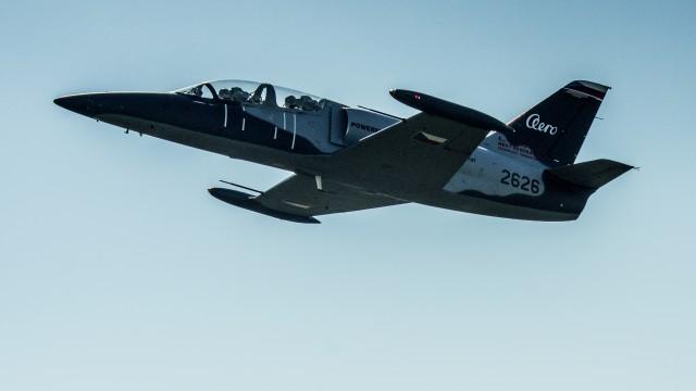 FOTO: Demonstrátor L-39NG poprvé v nové kamufláži! Jak se vám líbí?