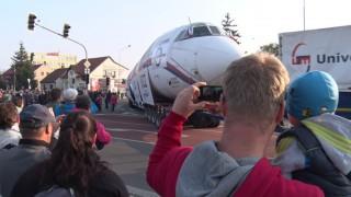 Velký přelet Naganského expresu! Přepište dějiny! TU-154M přistálo v Kunovicích (foto, video, on-line poloha)