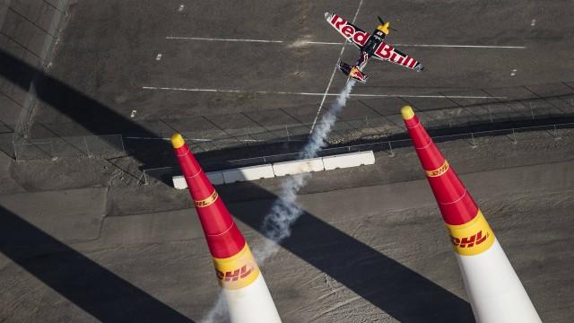 "Poslední závod Red Bull Air Race 2016 v Las Vegas ""zrušil"" silný vítr"