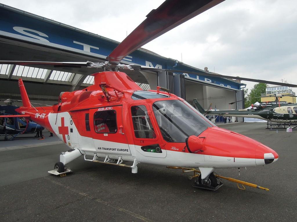 1280px-ATE,_Agusta_A109K2,_OM-ATK_(03)