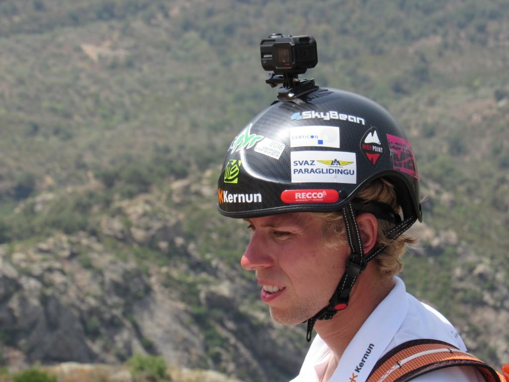 Stanislav Mayer letos vletěl mezi světovou elitu. potvrdí to i na Red bull X-Alps 2017 ?