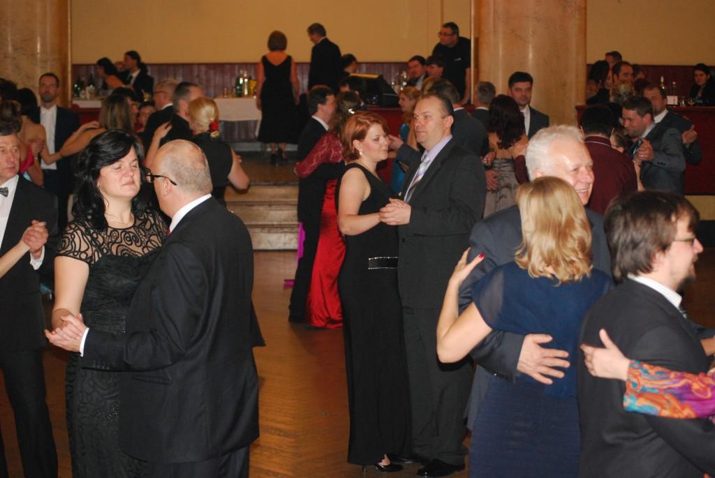 Letecky_ples_tanecnici