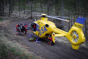 """""""I když vrtulník může letět, pacient musí počkat,"""" říká ministerstvo zdravotnictví"""