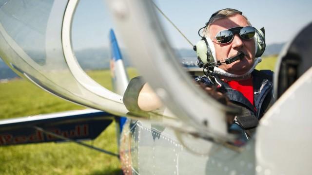 Zemřel Jiří Saller – levé křídlo skupiny Flying Bulls Aerobatics Team