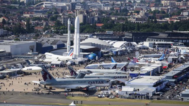 Paris Air Show 2017 (aktualizováno o letecké záběry)