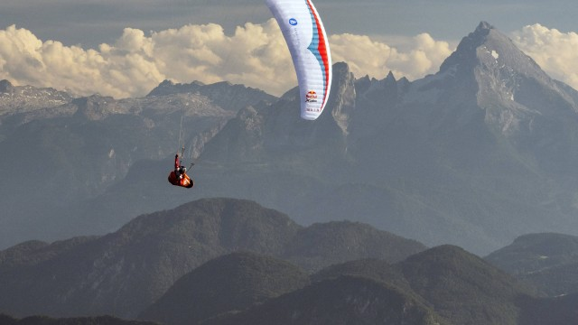 X-Alps 2017 – DEN 10 – Stanislav Mayer dosáhl vzduchem Matterhorn a bojuje o pódiové umístění (nové rozhovory a video)