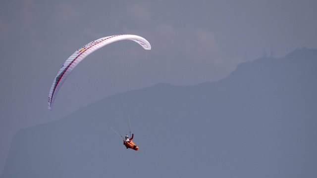 X-Alps 2017 – DEN 7 – Monte Baldo dosaženo, Mayer po 7 hodinách ve vzduchu o 100 km dál ve skupině na 3. – 10. místě