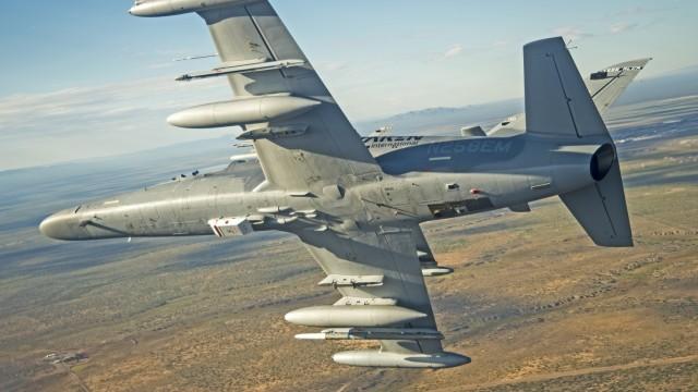 Lehké bitevníky L-159 Alca slaví úspěchy ve Spojených státech (+ video)