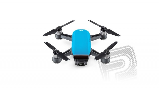 Toužíte po kvalitním dronu s kamerou? Nepropásněte Black Friday DJI Store v Praze a složte si také svůj ADVENTURE CAM PACK
