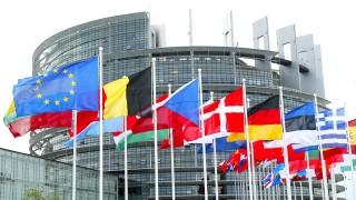 """Evropský parlament schválil nové """"základní nařízení"""" o společných pravidlech v oblasti civilního letectví"""