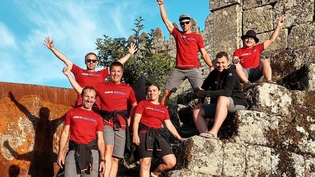 O evropské tituly bojují také paraglidisté v Portugalsku