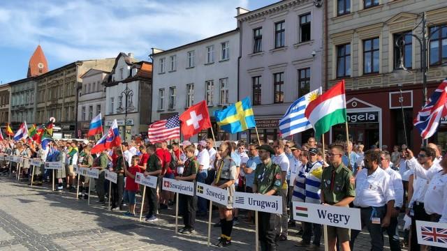 Plachtaři soutěží o tituly mistrů světa v neklapkových třídách v Polsku