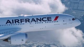 Krásná práce: Boeing 787 Dreamliner objektivem Airborne films