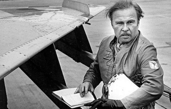 Zemřel herec a milovník letectví Luděk Munzar