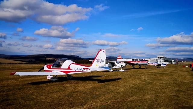 Dobrovolných pilotů je už přes 200, zapojil se i Martin Šonka. O jejich pomoc je zájem