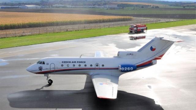 TISKOVÁ ZPRÁVA: Vládní Jak-40 bude o víkendu přesunut do Leteckého muzea v Kunovicích